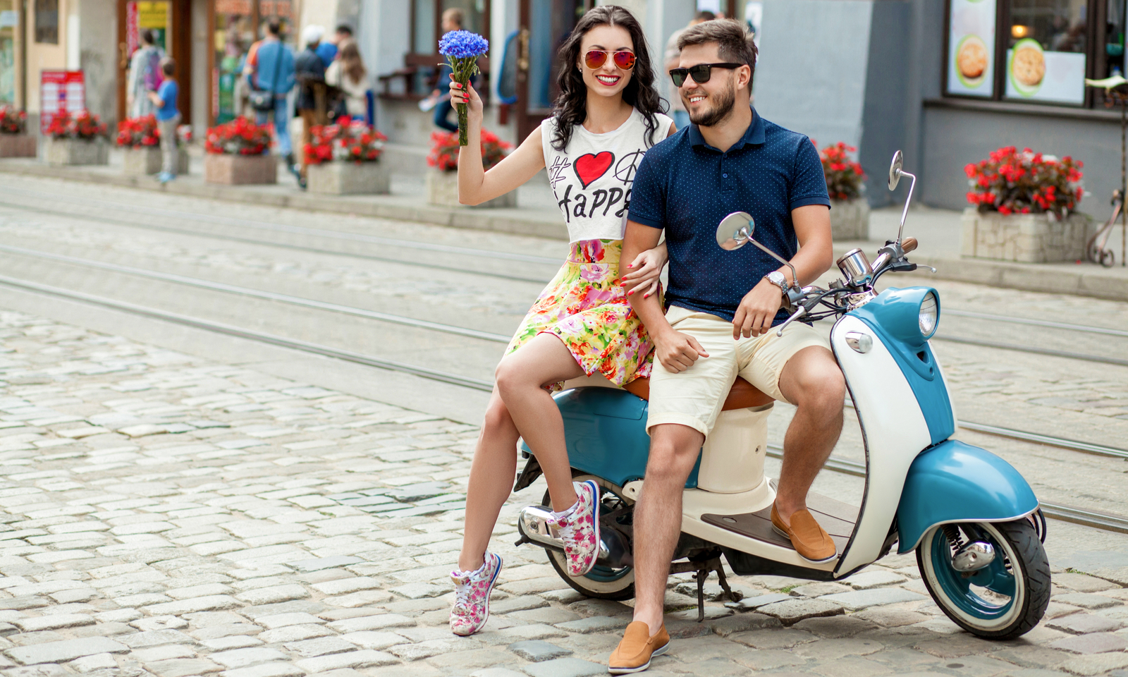 The Manymoons The Latest Travel Trend from Millennial Newlyweds (2)