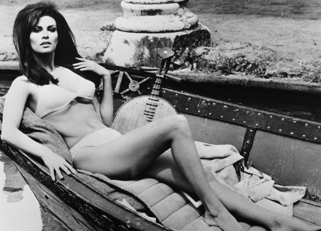 who-are-the-sexy-supermodels-and-actresses-of-the-70s-main-image.jpg