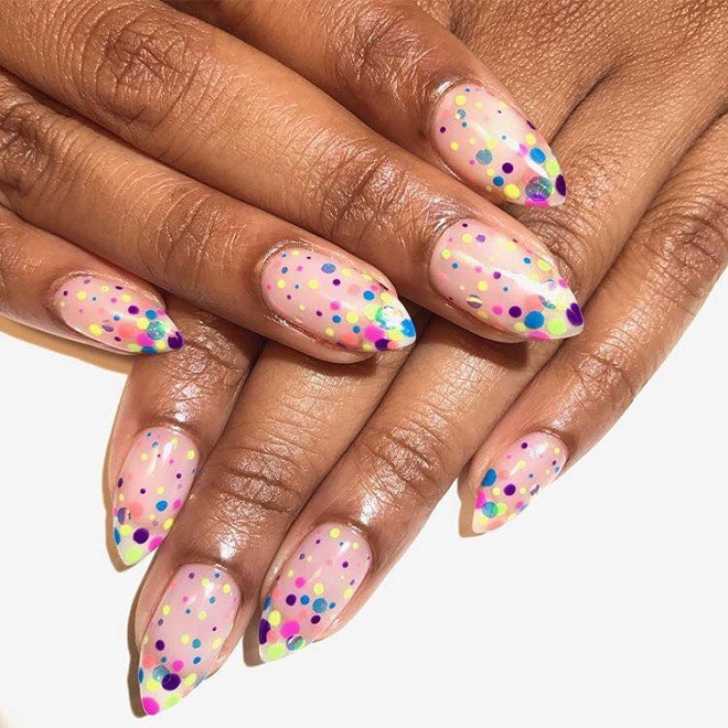 15 Nail Trends You Need to Sport This Summer polka dots