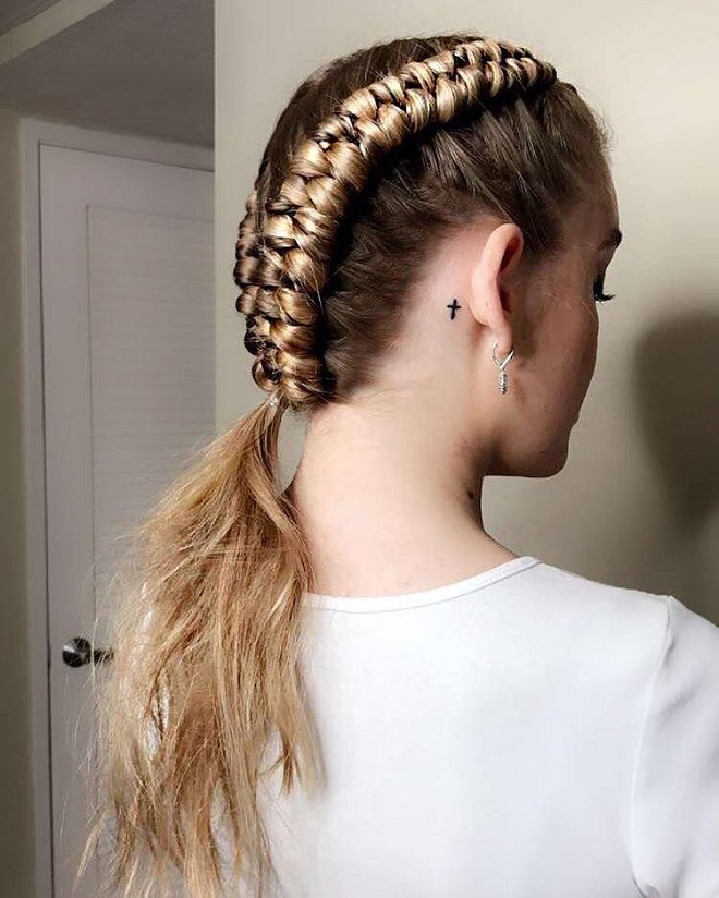 15 Trending Hairstyles for Summer 2018 (1)