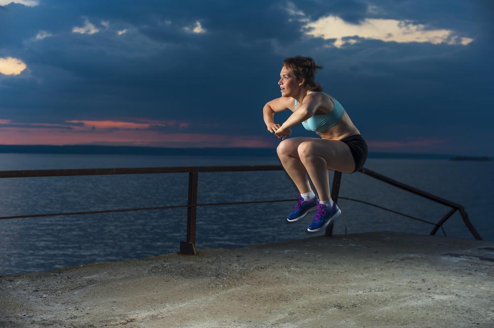knee tuck jumps