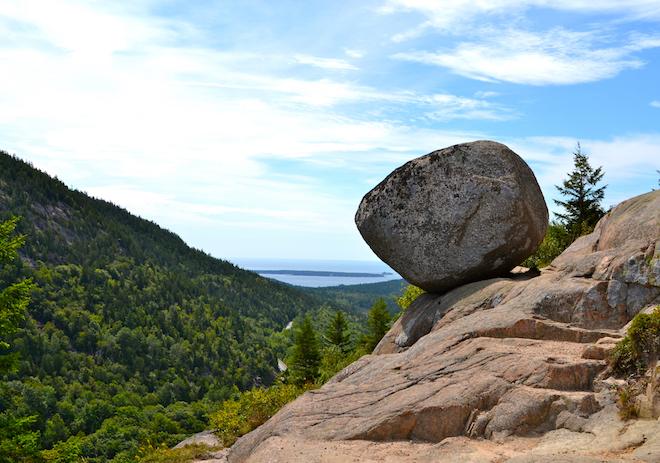 balanced-rock1