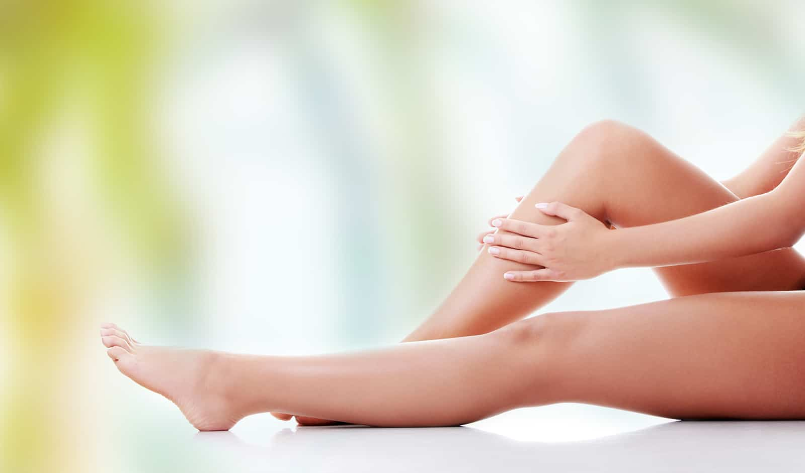 How-to-stop-Suffering-from-sore-feet-from-work-vivaglam-main-image