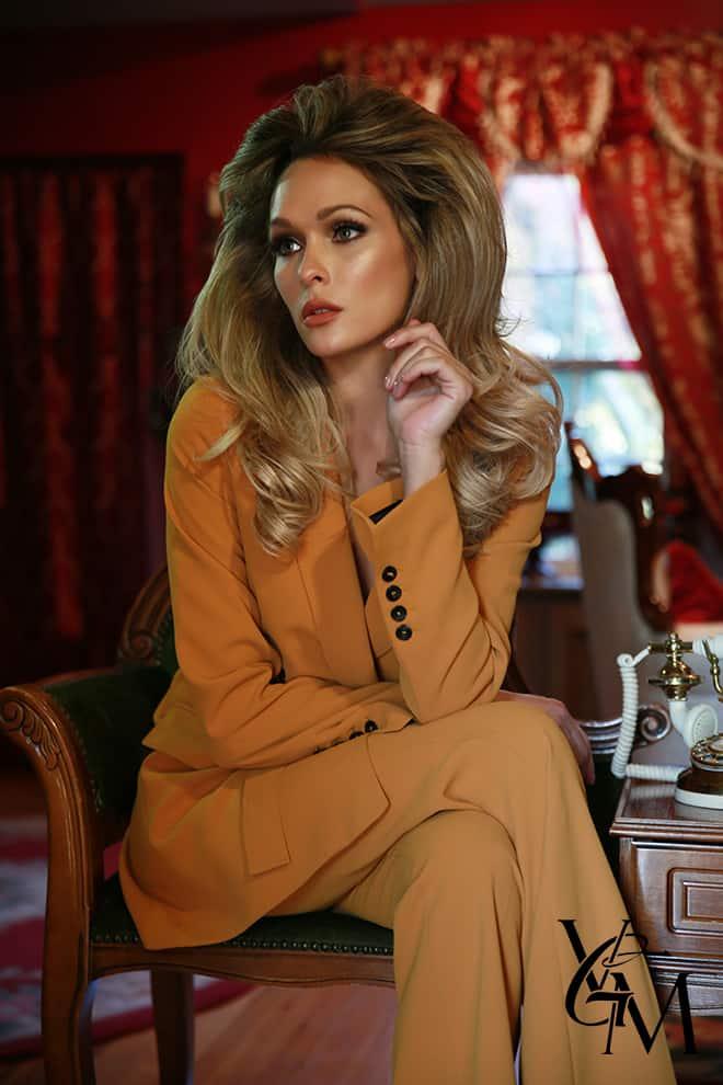rsula-andress-hair-and-makeup-tutorial-holley-wolfe-katarina-van-derham-ricardo-ferrise-4