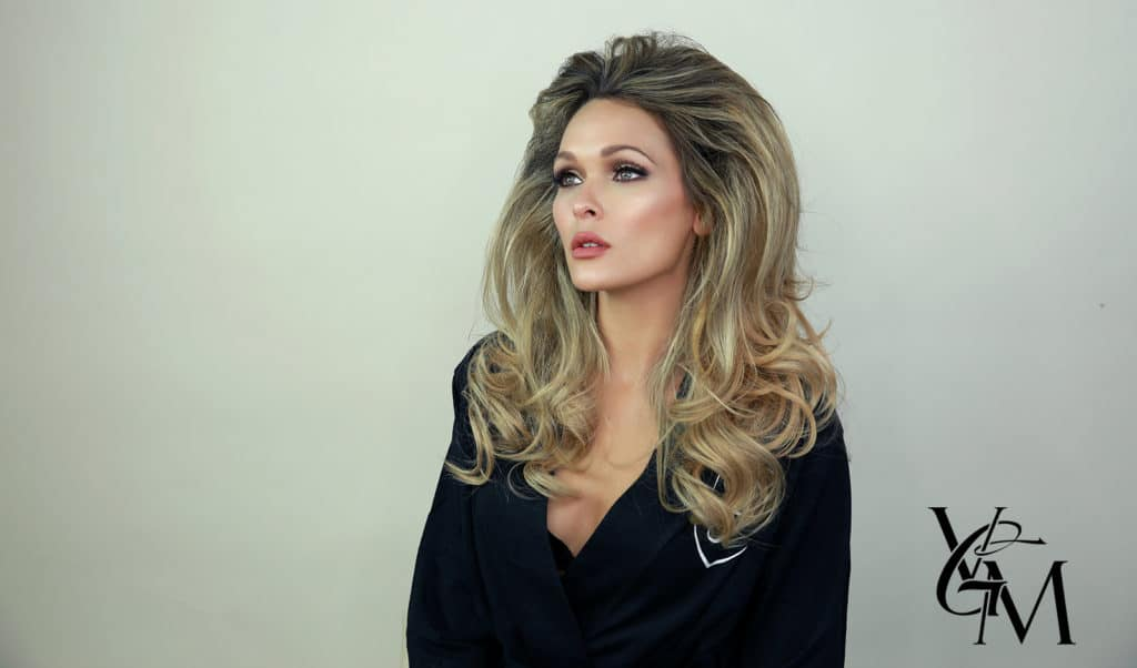 ursula-andress-hair-and-makeup-tutorial-holley-wolfe-katarina-van-derham-ricardo-ferrise-main-image