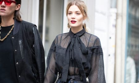 How-to-Dress-like-an-Off-Duty-Supermodel-all-black-main-image