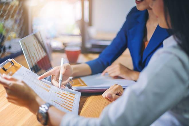 10-life-skills-every-woman-should-have-financial-skills-graphs