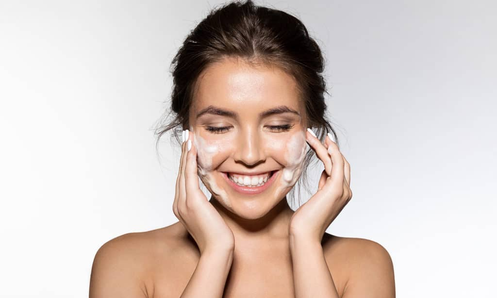 Causes-of-Acne-Mistakes-You-Make-Leading-up-to-Acne-Breakouts