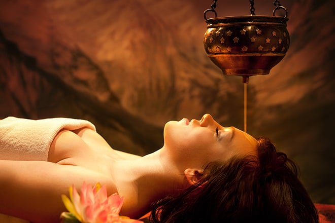 Shirodhara-therapy-south-india-relaxation