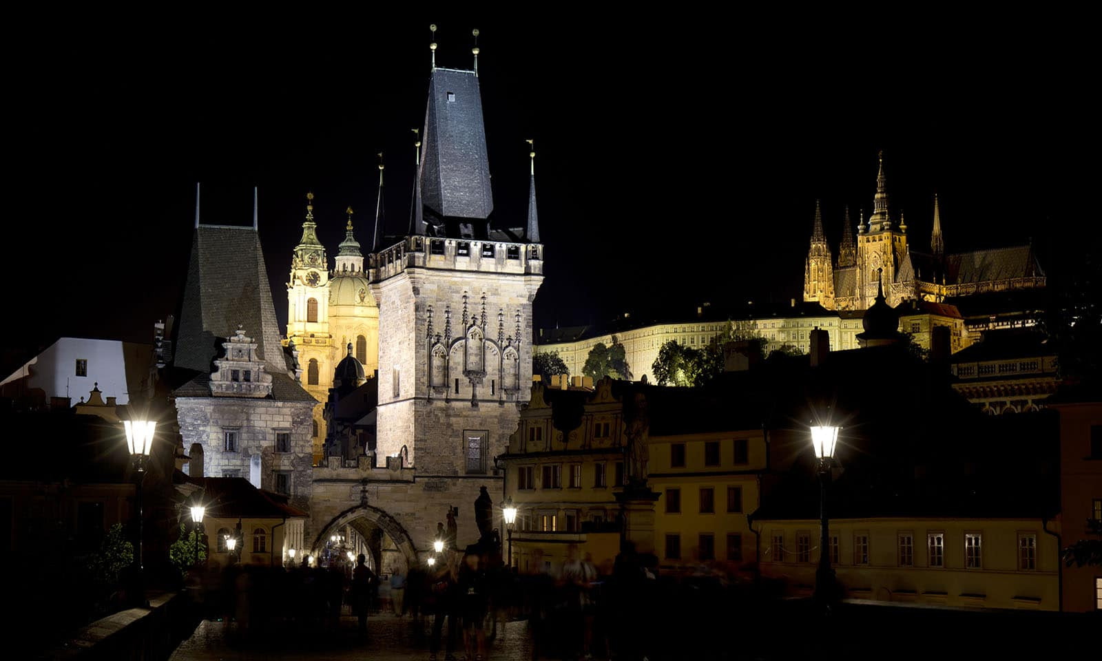 an-insta-perfect-guide-to-prague-main-image