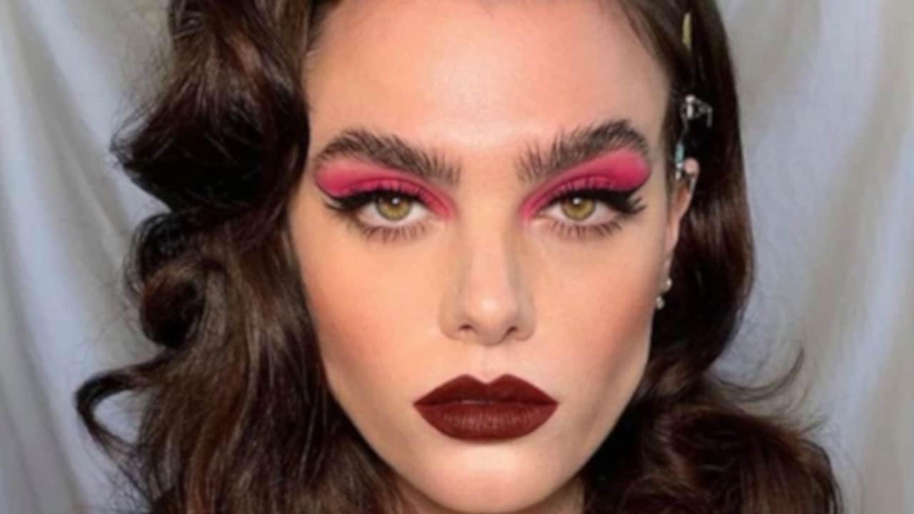 All The Hottest Ways to Wear Eyeliner classic cat eye eyeliner