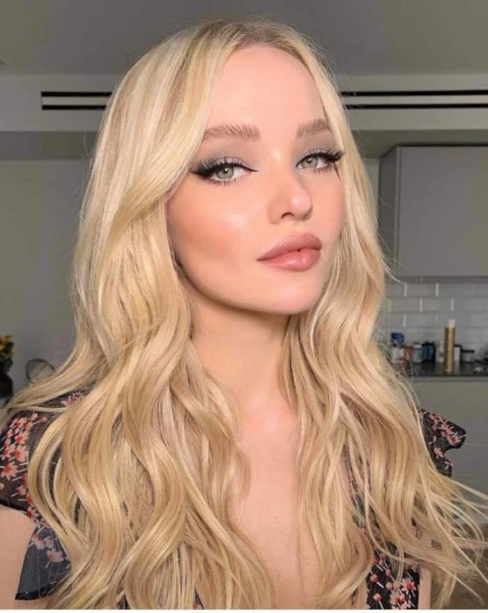 The Sexiest Celebrity Makeup Looks To Copy This Summer dove cameron soft makeup look