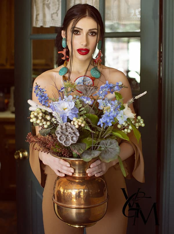 flowers-floral-fashion-editorial-amle-red-lips