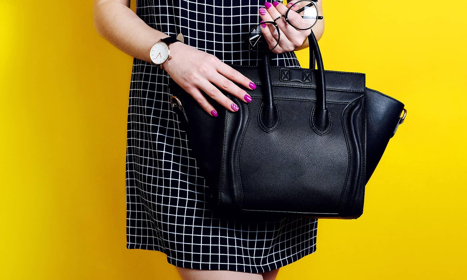 viva-glams-favorite-black-luxury-handbags-vegan-bags-stella-black-by-voni