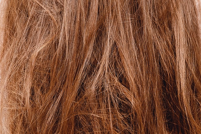 3-Causes-of-Dull-and-Lifeless-Hair-That-Might-Surprise-damanged-dull-hair
