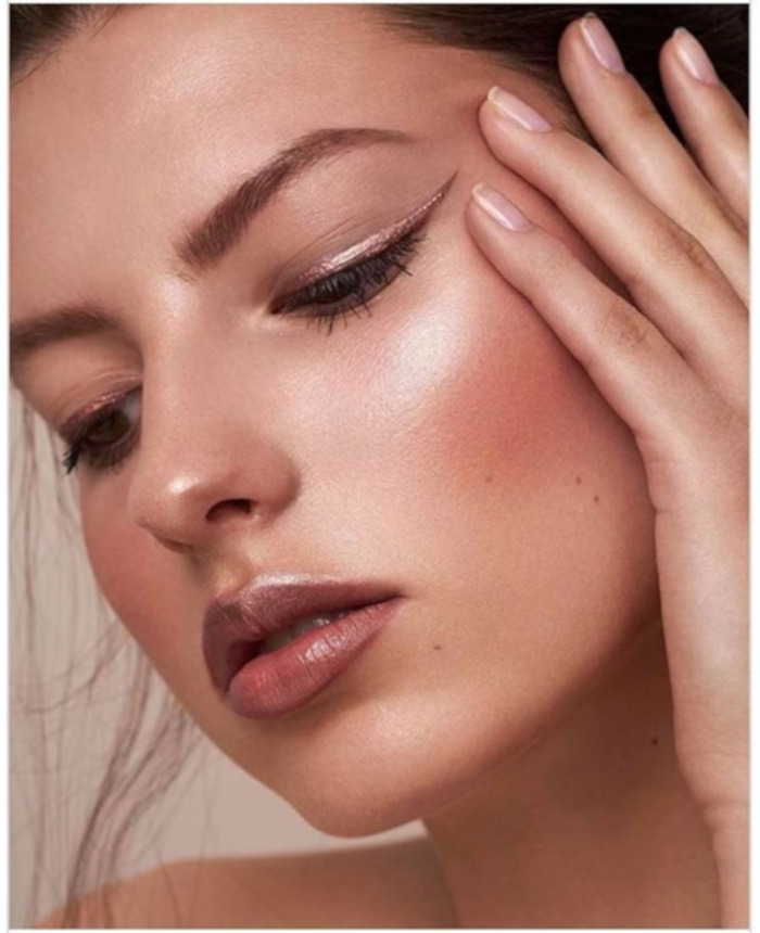 Brighten Up Your Summer Days With Rose Gold Glam 8