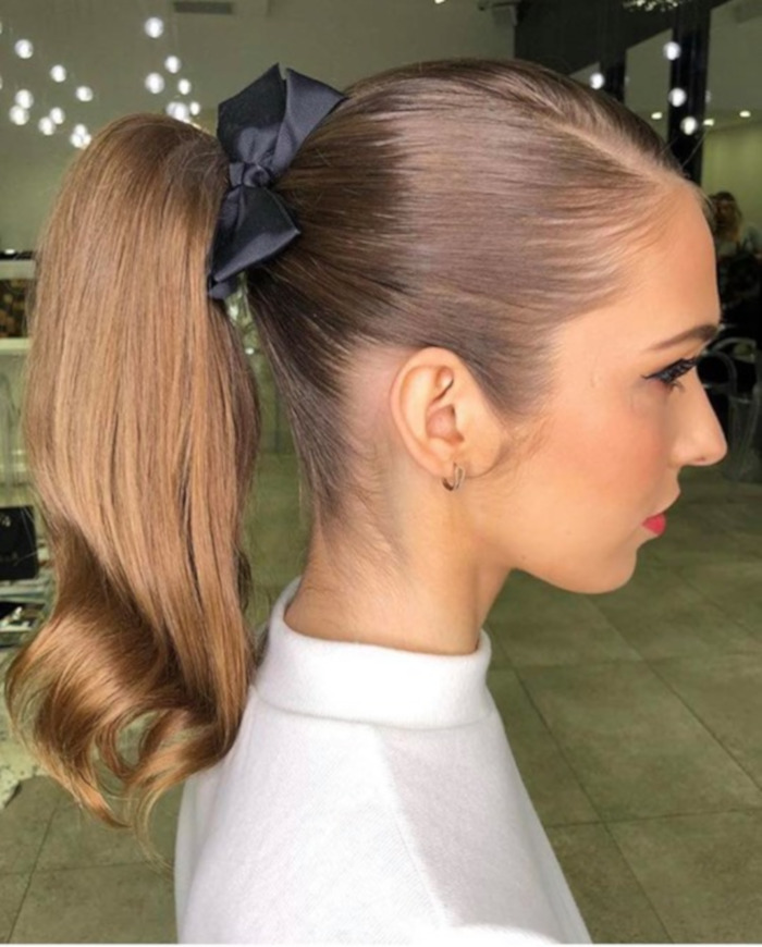 Hair Bows Are The Cutest Retro Trend of This Summer 8