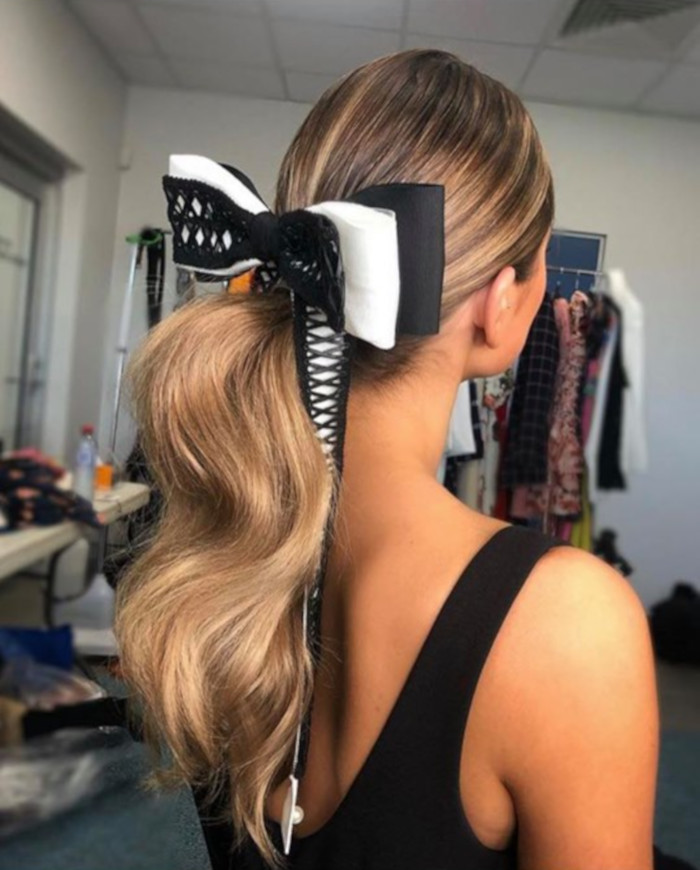 Hair Bows Are The Cutest Retro Trend of This Summer 9