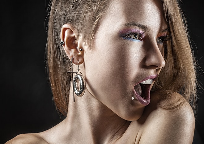 How-To-Prepare-For-Your-First-Body-Piercing-girl-with-piercings