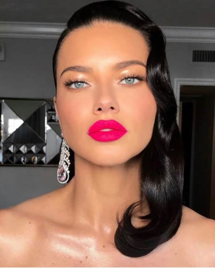 How to reinvent the natural glam look for the summer Adriana Lima