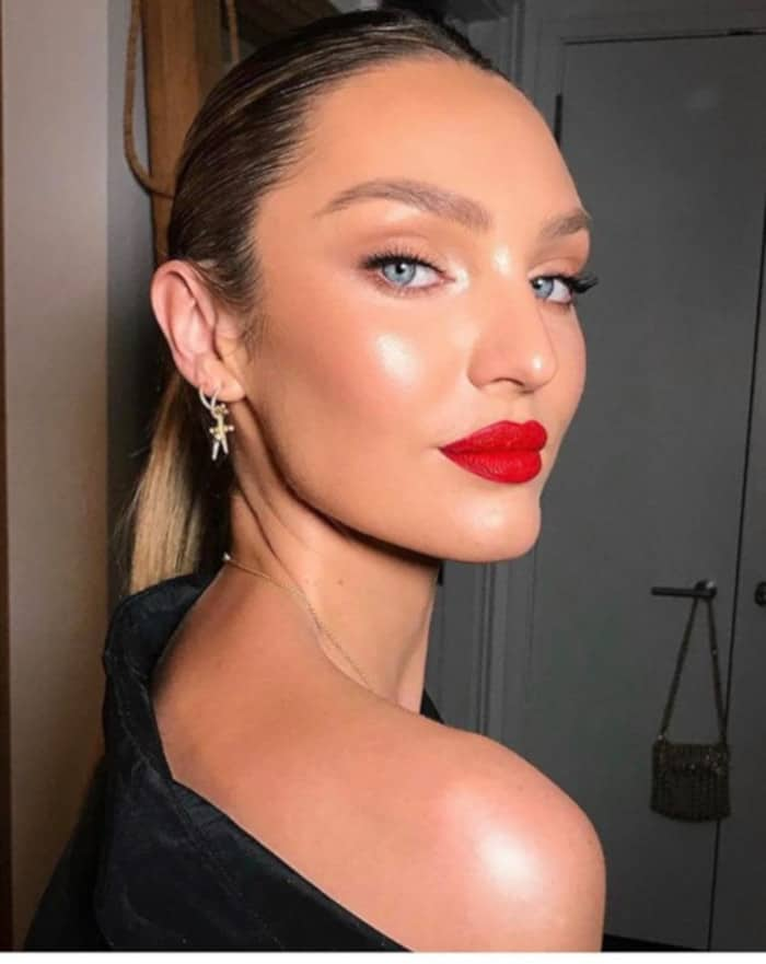 How to reinvent the natural glam look for the summer Candice Swanepoel