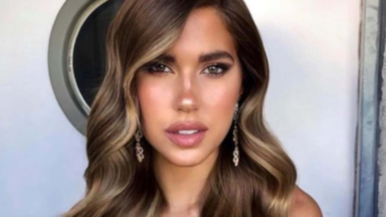 Sexy Hairstyles That Make The Most Of Long Luscious Hair 5