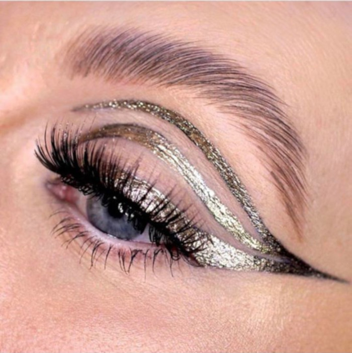 The Beauty Microtrends To Try This Summer Graphic Eyeliner