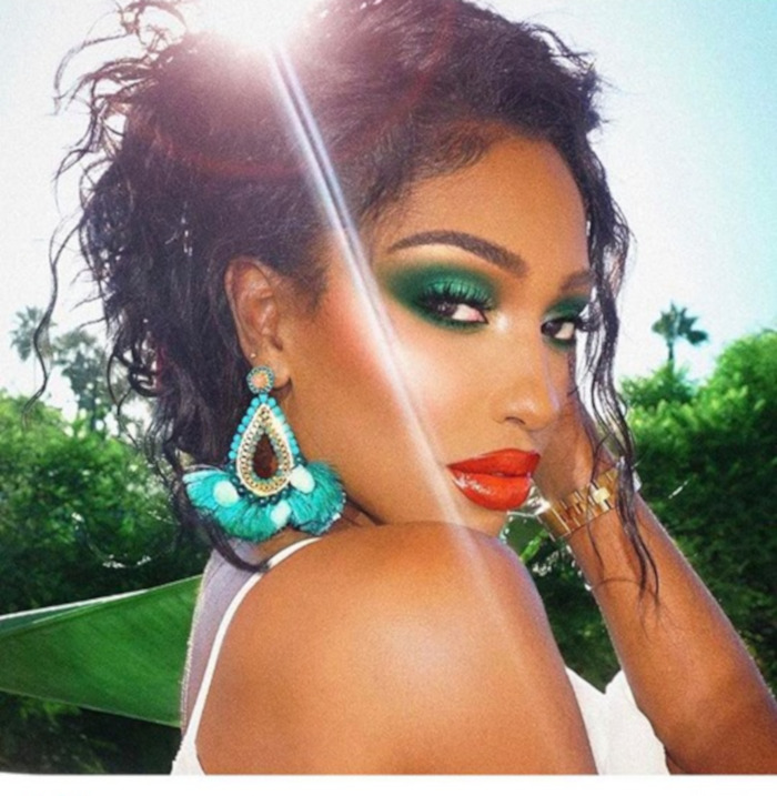 The Beauty Microtrends To Try This Summer Green Eyeshadow