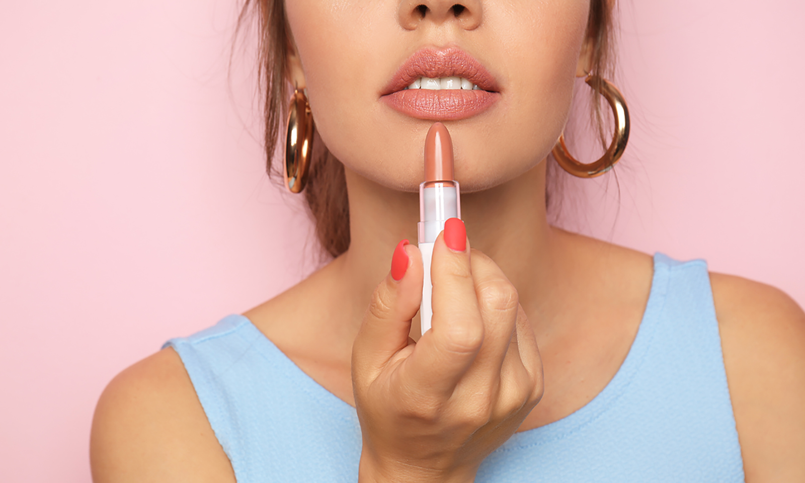celebrate-national-lipstick-day-with-these-lipsticks