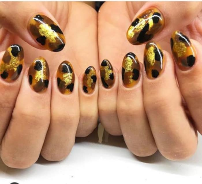 Tortoise Nails Are Trending