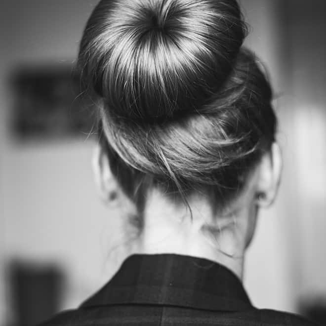 simple-go-to-summer-hairstyles-bun