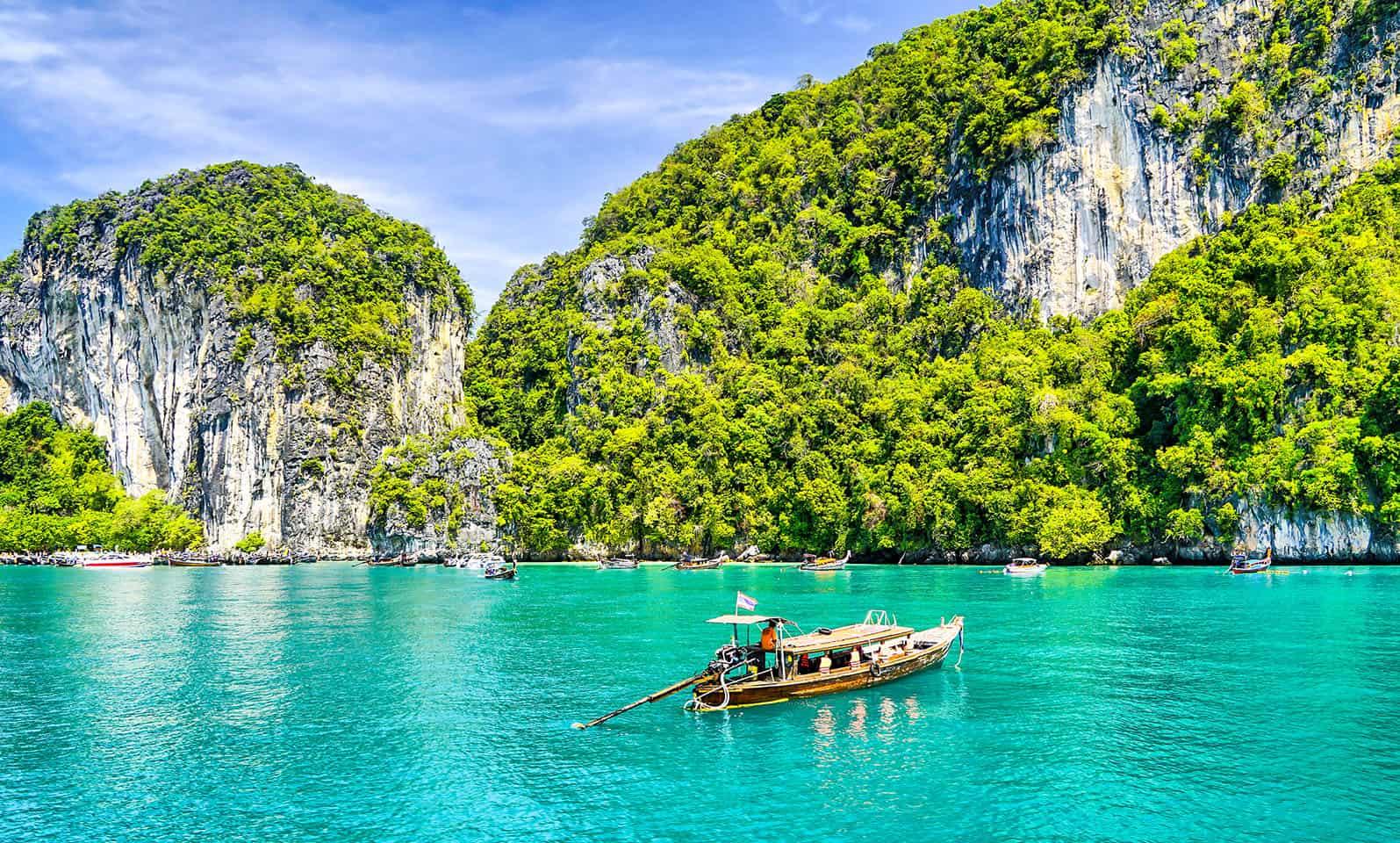 travel-guide-to-asia-viva-glam-magazine-main-image