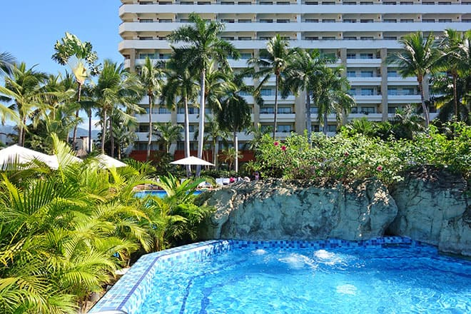 where-to-stay-in-puerto-vallarta-sheraton-buganvilias