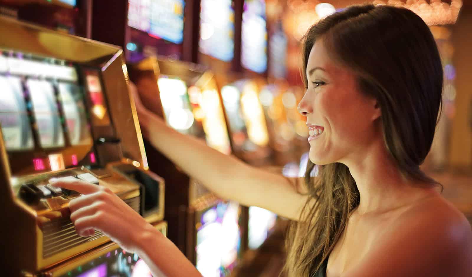 casino-games-women-love-main-image