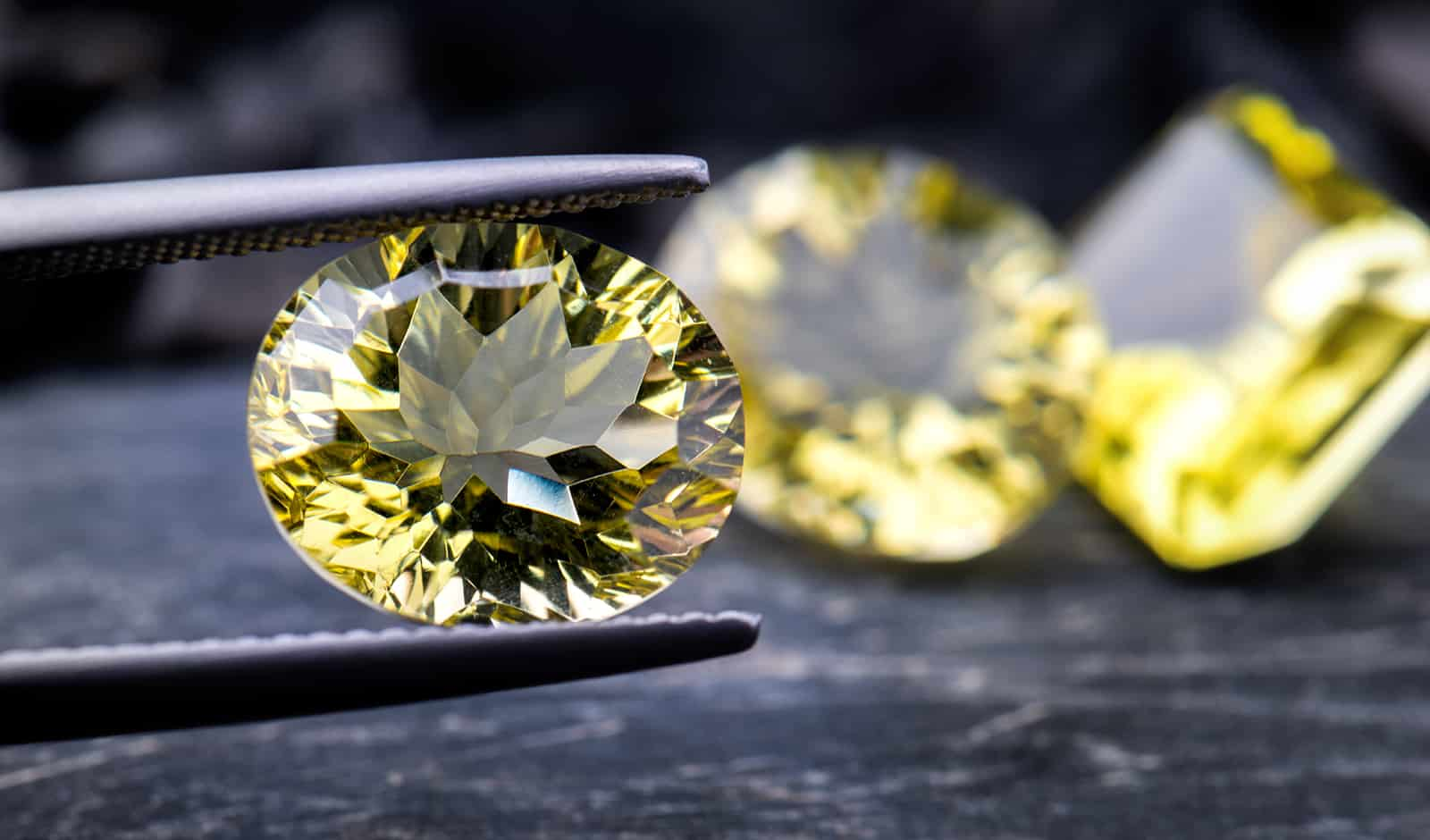 what-you-need-to-know-about-yellow-diamonds
