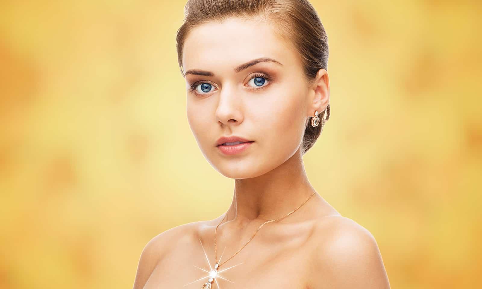 how-to-have-beautiful-posture-main-image-viva-glam