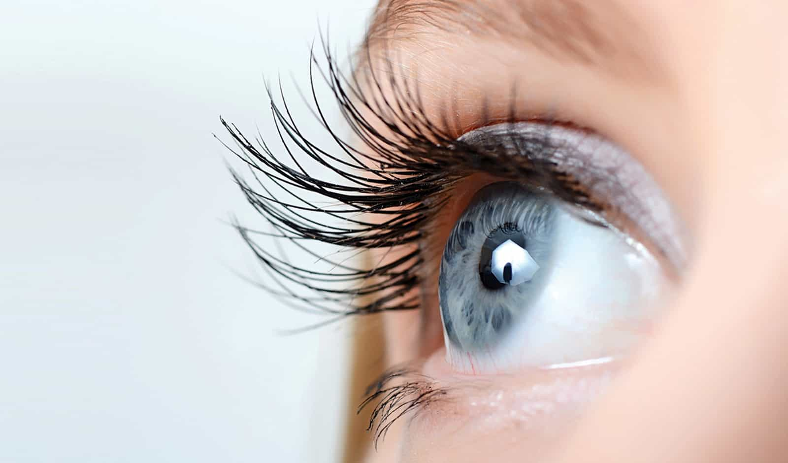 8-ways-to-get-longer-and-healthier-lashes-main-image.