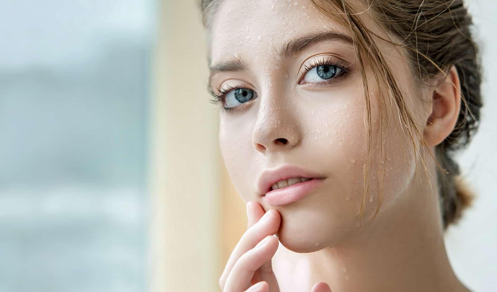 skincare-tips-to-keep-you-glam-this-festive-season-viva-glam-main-image