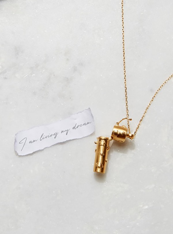 how-to-manifest-your-new-years-resolution-satya-jewelry-locket