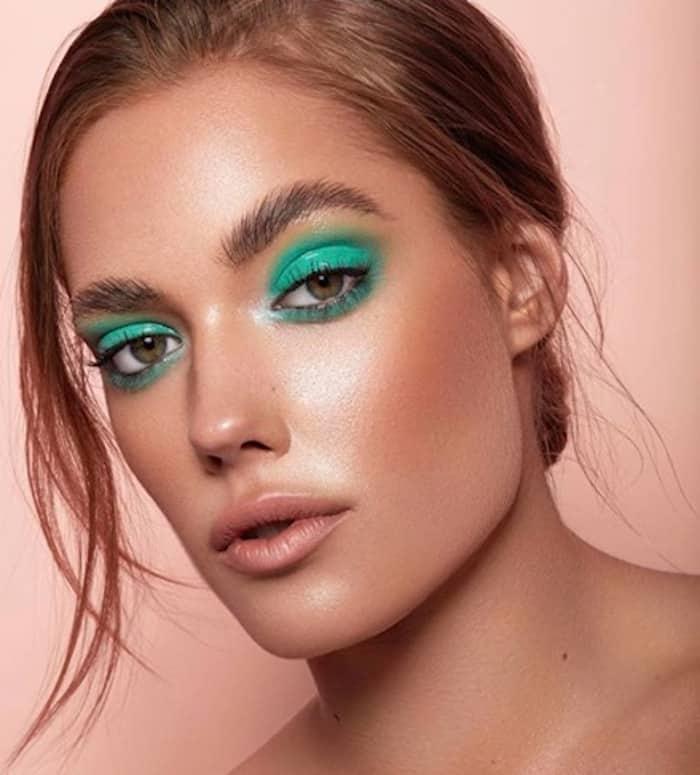 monochromatic makeup looks 7