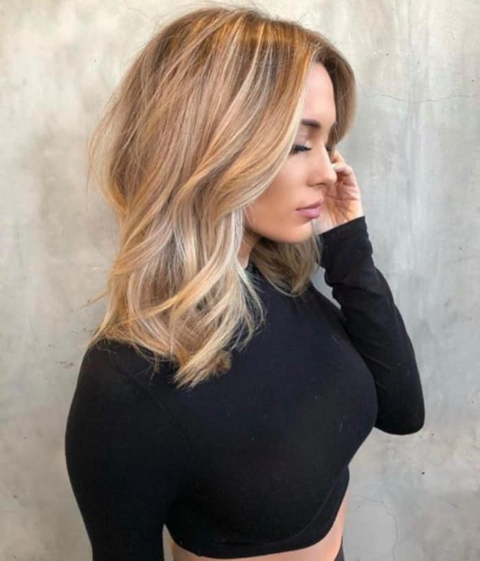 sand storm hair color trend for blondes 3