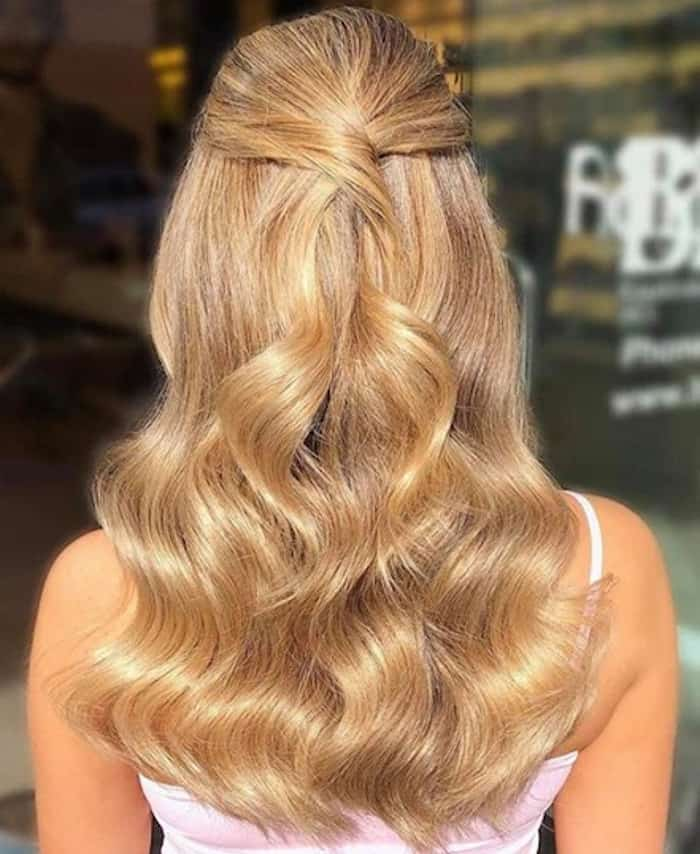 honey blonde hair color trend 2
