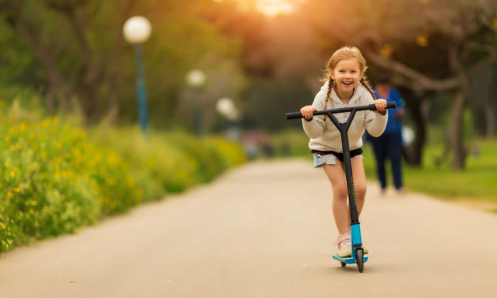 how-to-exercise-with-your-kids-tips-for-moms-main-image