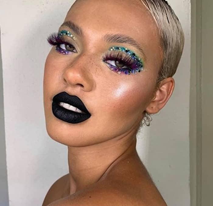 negative space makeup trend 9