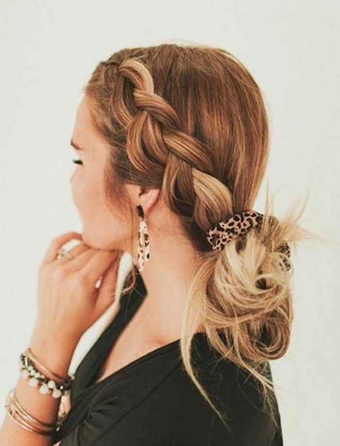 scrunchie hairstyles trend 2