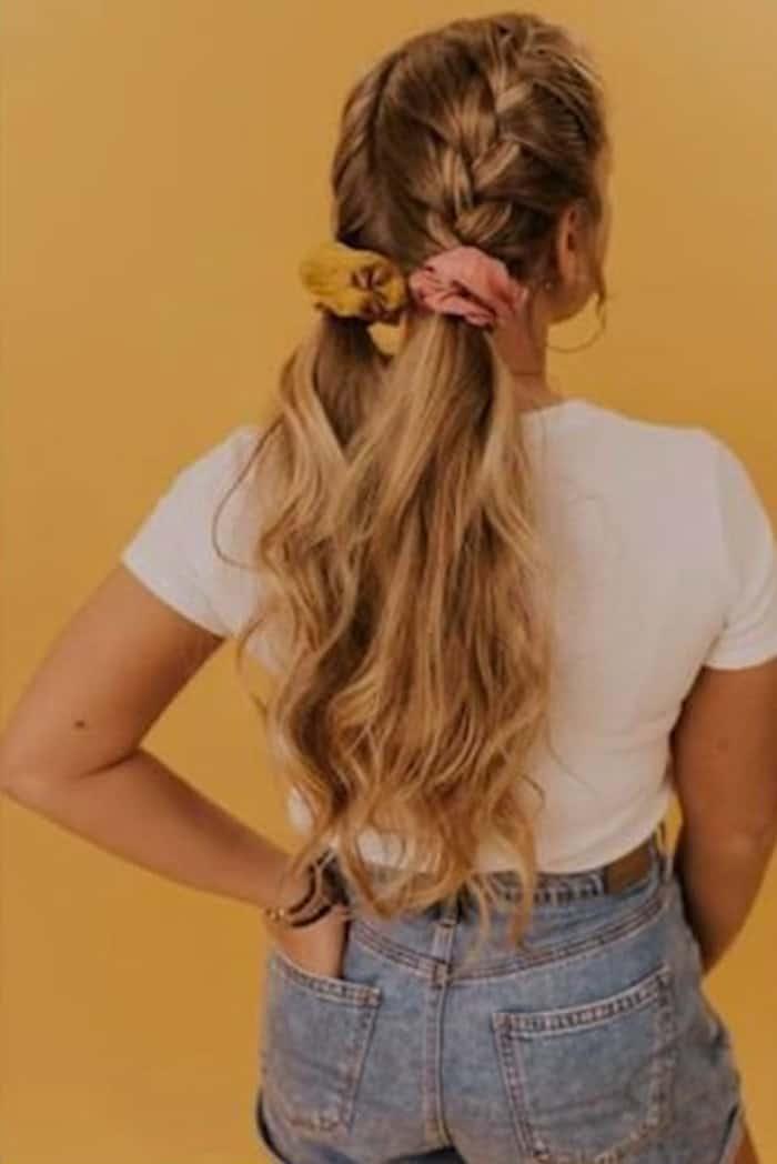 scrunchie hairstyles trend 3