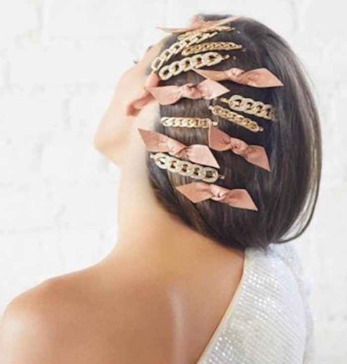 zodiac signs hairstyles – cancer accessorized
