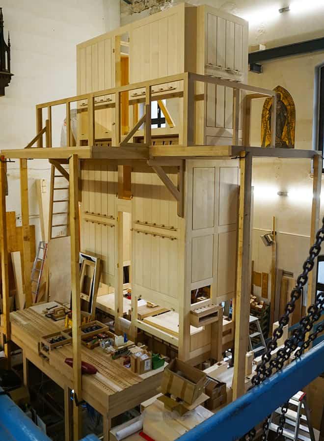 Orgelbau-Klais-Bonn-factory-viva-glam-malorie-mackey-pipe-organ