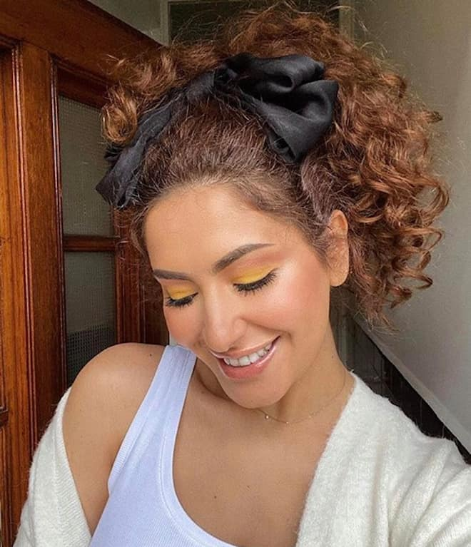 chic & easy curly updos 5