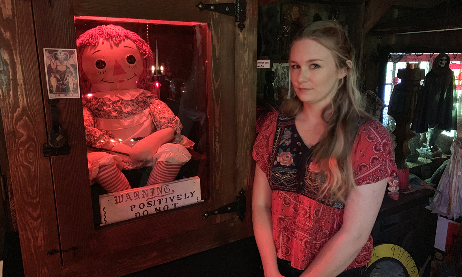 malorie-mackey-malories-adventures-weird-world-adventures-travel-annabelle-annabelle-doll-nespr-new-england-society-for-psychic-research-ed-and-lorraine-warren-main